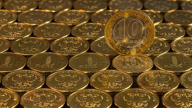 «Такой сценарий вероятен»: Орешкин считает, что рубль отыграет часть потерь