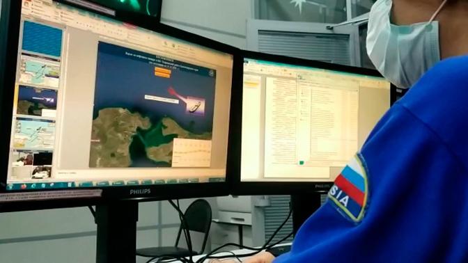 В МЧС раскрыли подробности спасения танкера в Азовском море