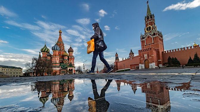 Кремль: Путин получает всю информацию по ситуации с коронавирусом в России