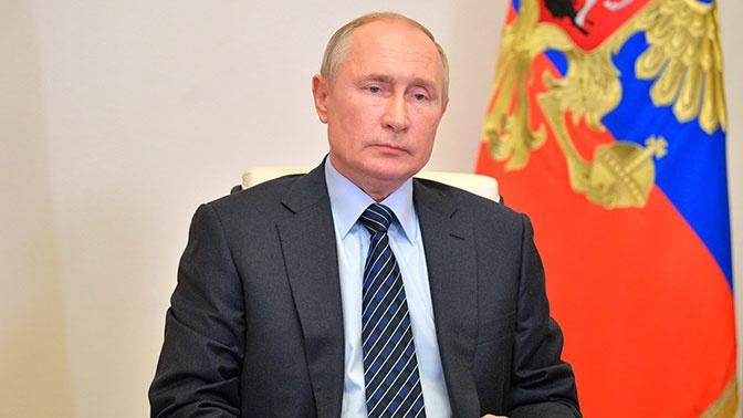 Путин поручил внести предложения о поддержке детей, чьи родители уклоняются от алиментов