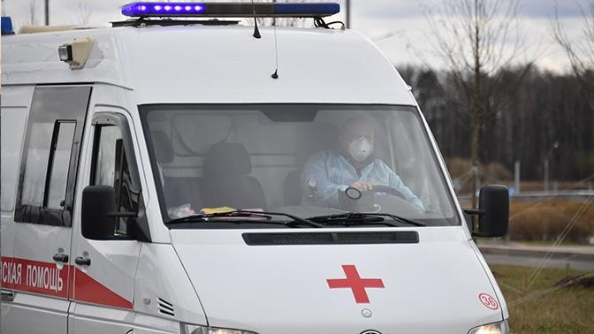 Губернатор Омской области отстранил от работы замминистра здравоохранения