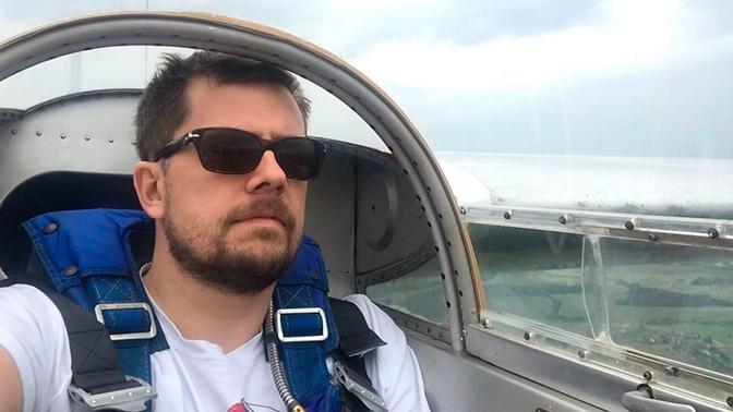 Жена погибшего в авиакатастрофе ведущего Колтового оказалась жива