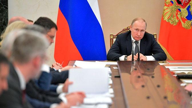 Владимир Путин увеличил число вице-премьеров до десяти