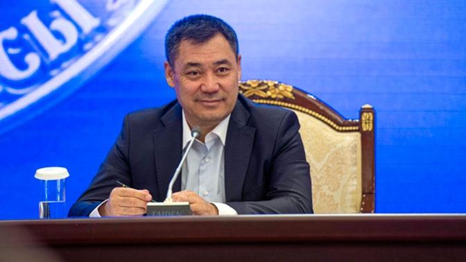 Садыр Жапаров сдал документы на участие в выборах президента Киргизии