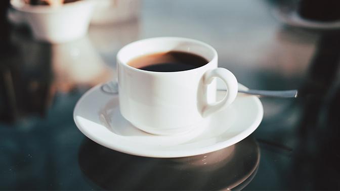 Диетолог рассказал, когда кофе может быть опасен