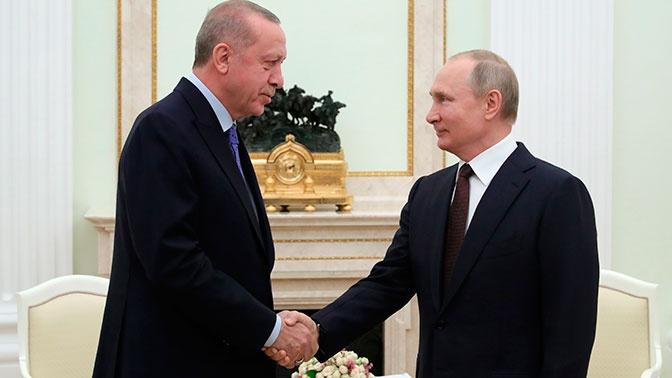 Эрдоган в разговоре с Путиным высказался за сотрудничество Турции и России по Ливии