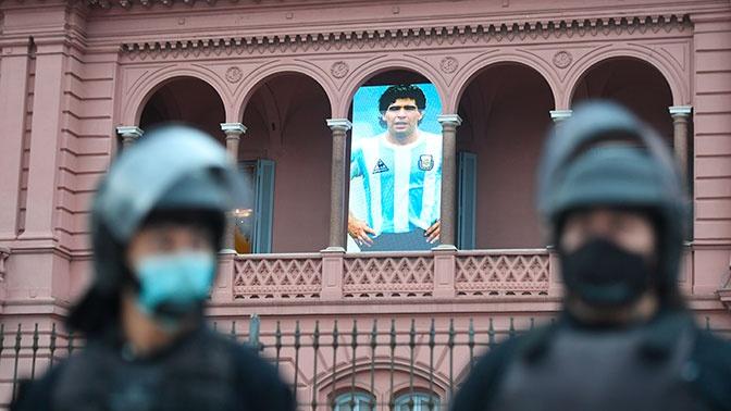 Бывший врач Марадоны рассказал о неправильном лечении легендарного футболиста
