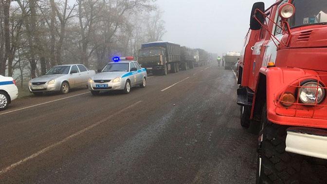 Шесть человек погибли в ДТП с микроавтобусом и КамАЗом под Краснодаром