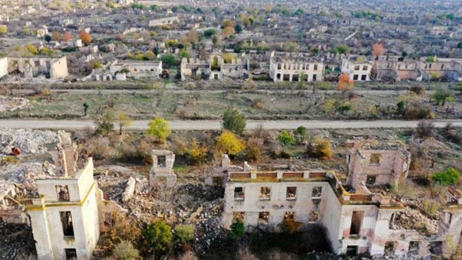 Четыре человека погибли при подрыве автомобиля на мине в Карабахе