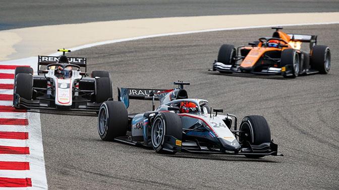 Российские гонщики заняли два первых места на этапе «Формулы-2»