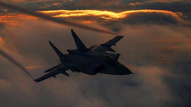 Экипажи МиГ-31БМ морской авиации ТОФ заступили на боевое дежурство в Арктике