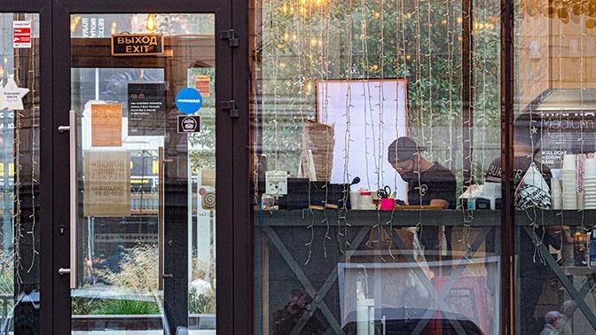 В Санкт-Петербурге на Новый год закроют рестораны и музеи