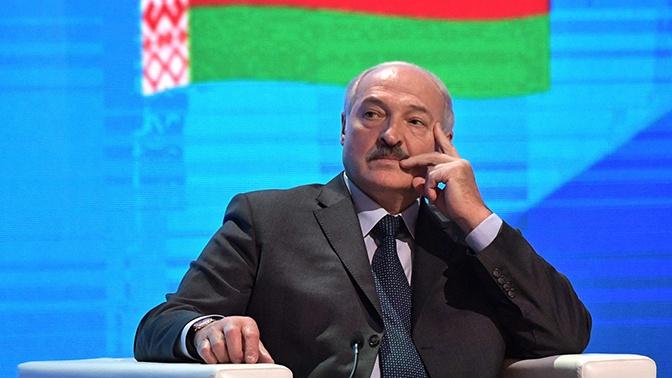 Лукашенко заявил, что НАТО претендует на западные белорусские земли