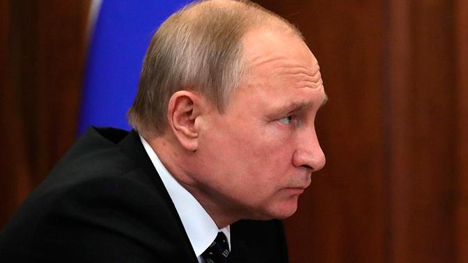 Путин выразил соболезнования в связи со смертью актера Плотникова