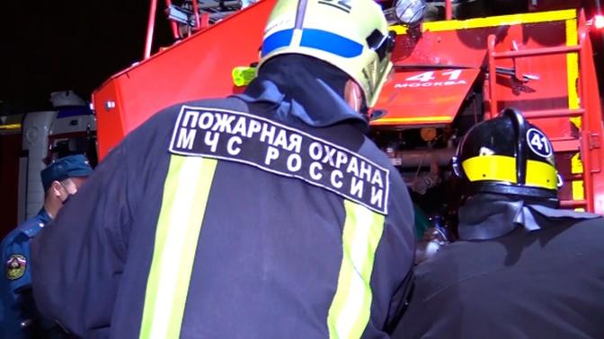 В Орловской области на площади в 5, 2 тысячи «квадратов» загорелся свинокомплекс
