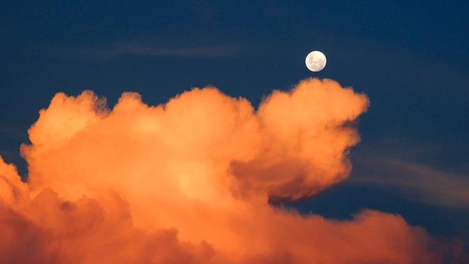 Ученые нашли внезапное объяснение происхождения Луны