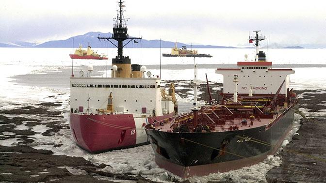 National Interest рассказал о десятилетнем отставании ледокольного флота США от российского