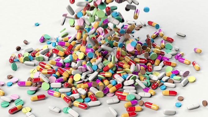 Россиян предупредили о вреде витаминов при вирусных заболеваниях