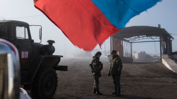 Путин назвал российских миротворцев гарантией безопасности в Нагорном Карабахе