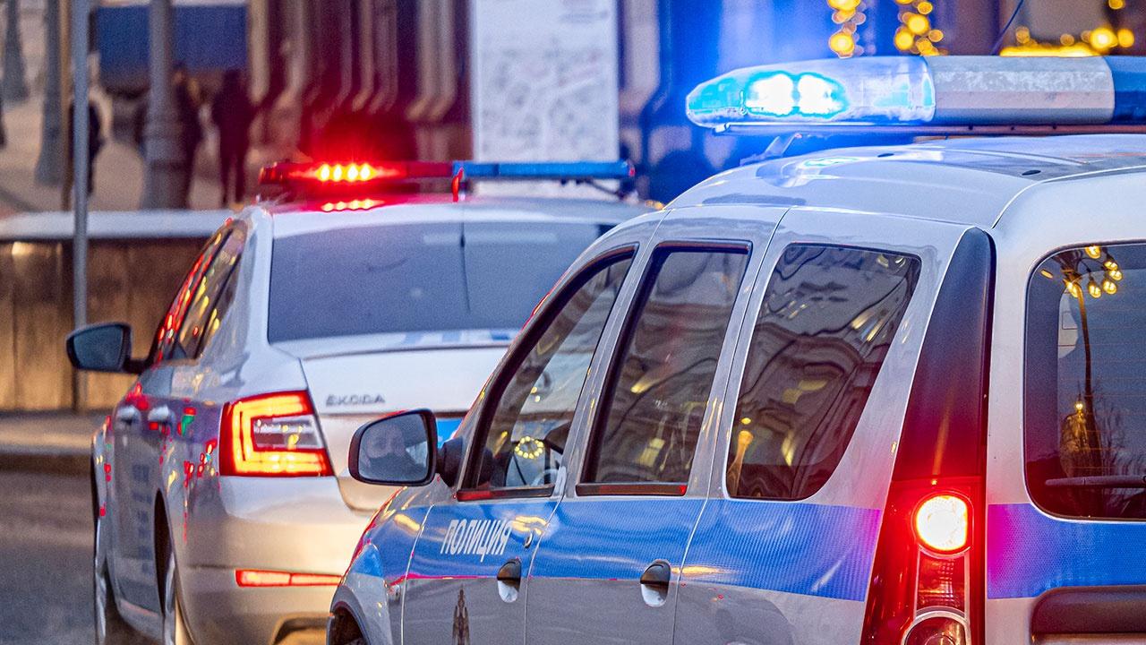 Два автомобиля столкнулись на западе Москвы