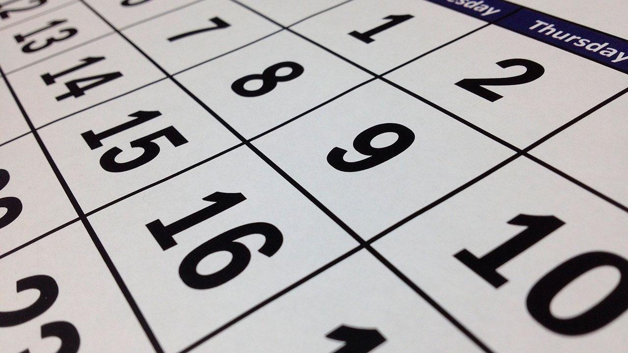 Роструд опубликовал список выходных в 2021 году