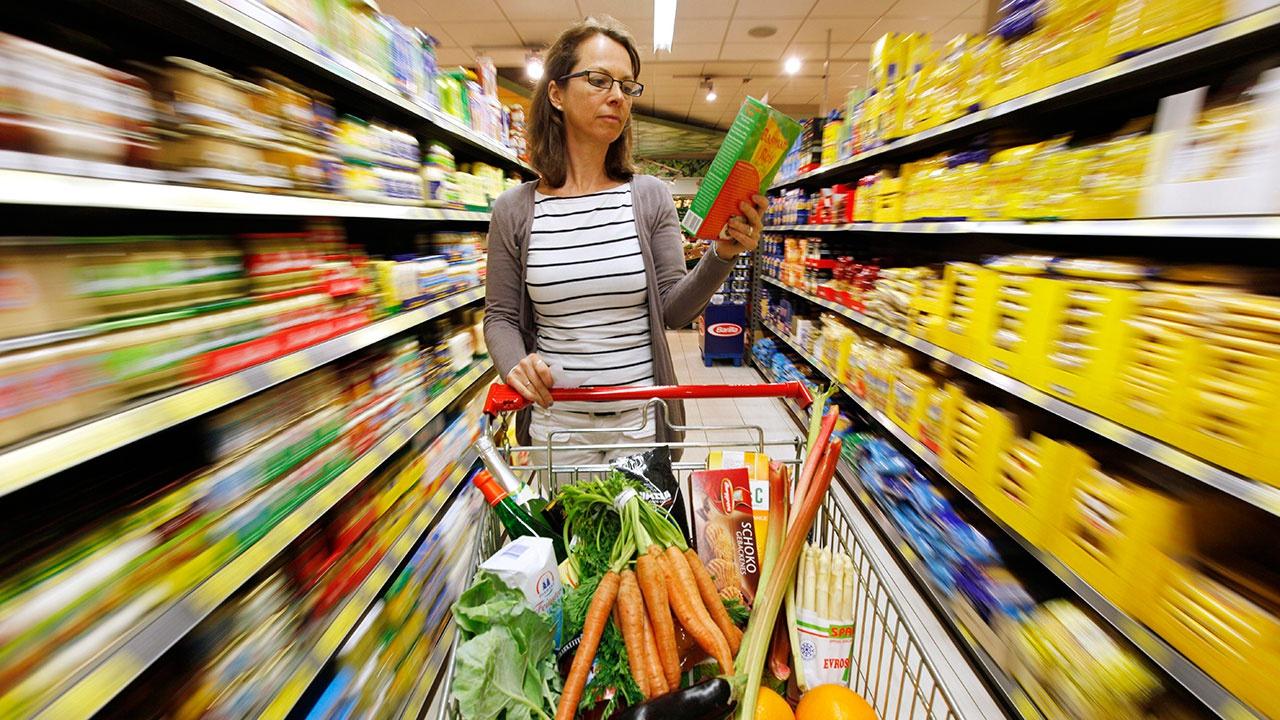 Глава Минэкономразвития назвал условие для регулировки цен на продукты кабмином