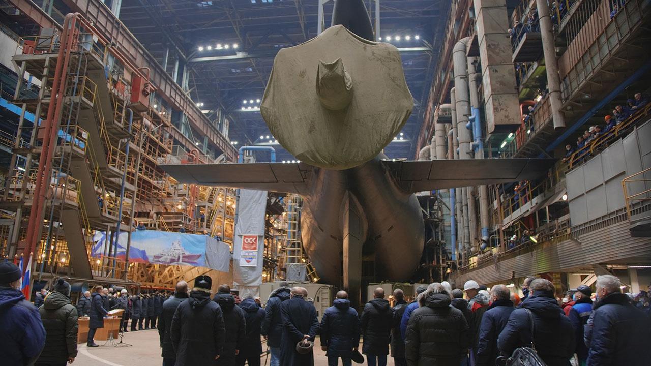 Атомная подводная лодка «Леопард» выведена из эллинга центра судоремонта «Звездочка»