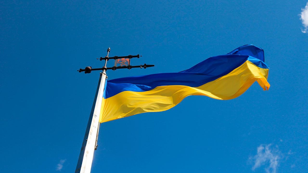 Украинский генерал допустил потерю Киевом шести областей
