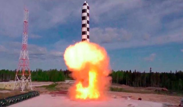 Названы сроки летных испытаний баллистической ракеты «Сармат»