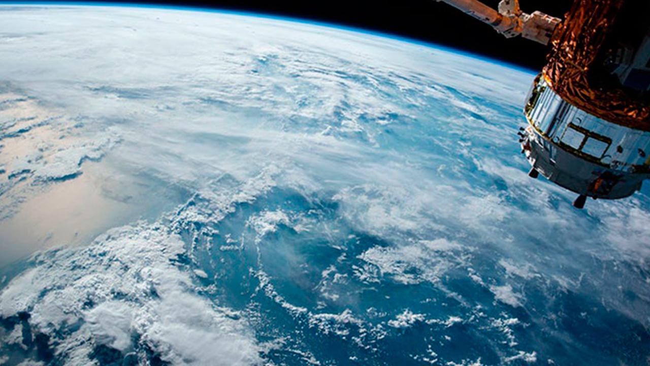 Российские военные вывели на орбиту 21 спутник в минувшем году