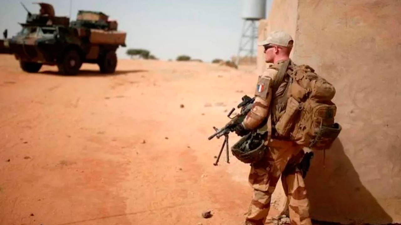 Двое французских военнослужащих погибли в Мали