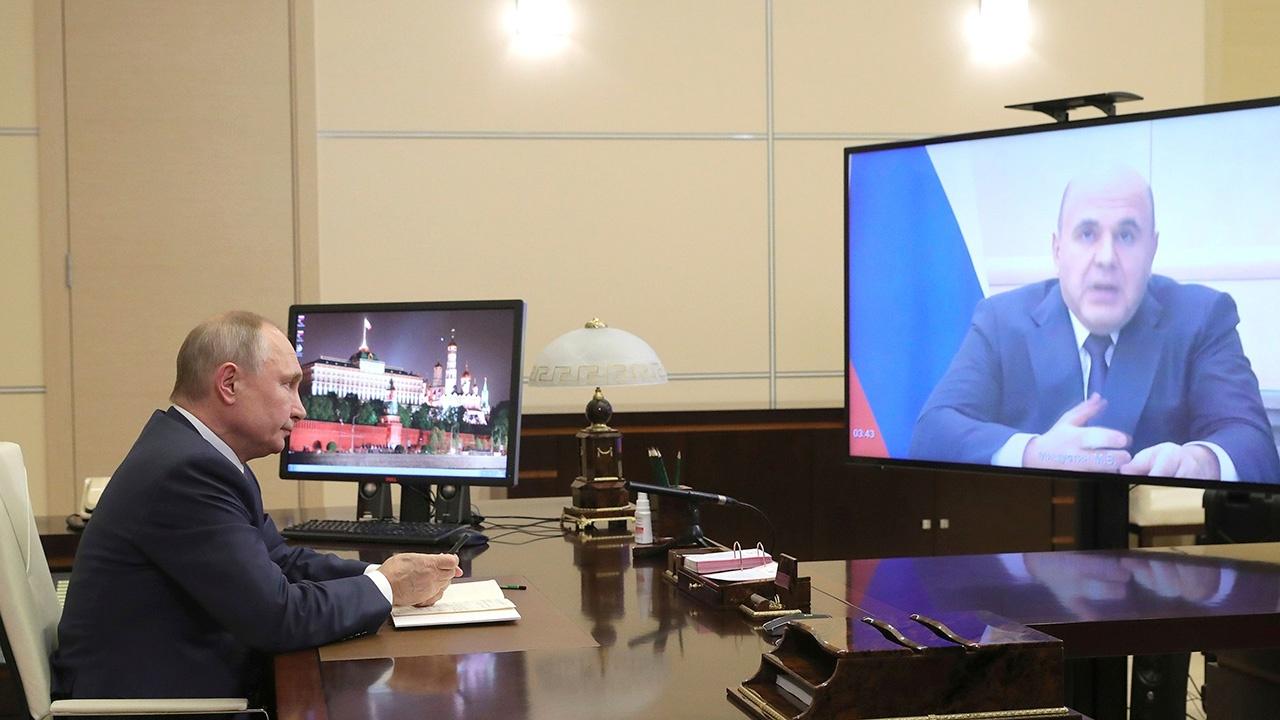 Путин проведет во вторник первое публичное совещание в 2021 году