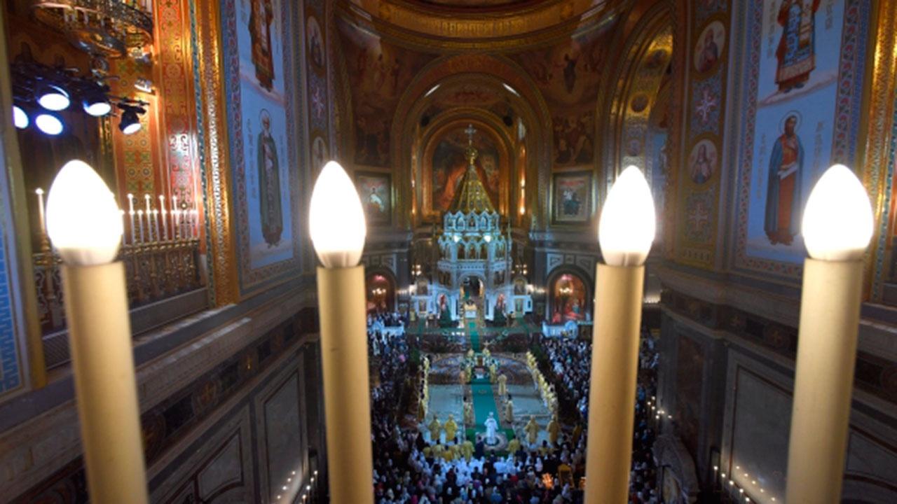 Для посещения рождественской службы в храме Христа Спасителя потребуется приглашение