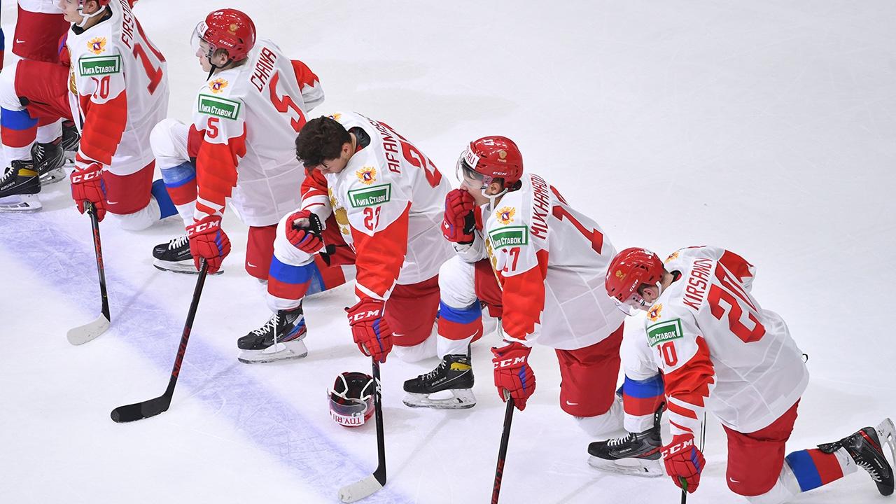 «Подставили тренера»: хоккеист Подколзин высказался о выступлении сборной на МЧМ-2021