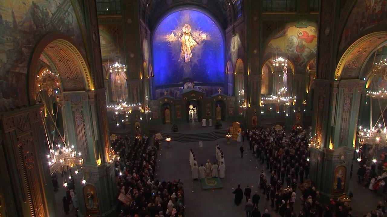 Торжество чистоты и света: как прошло первое рождественское богослужение в Главном храме ВС РФ