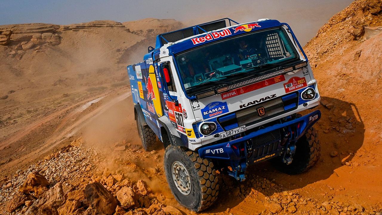 Экипажи «КАМАЗ-мастер» заняли призовые места в шестом этапе «Дакар»