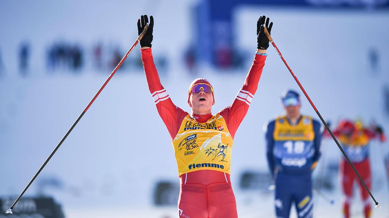 Большунов выиграл пятую подряд гонку на Tour de Ski