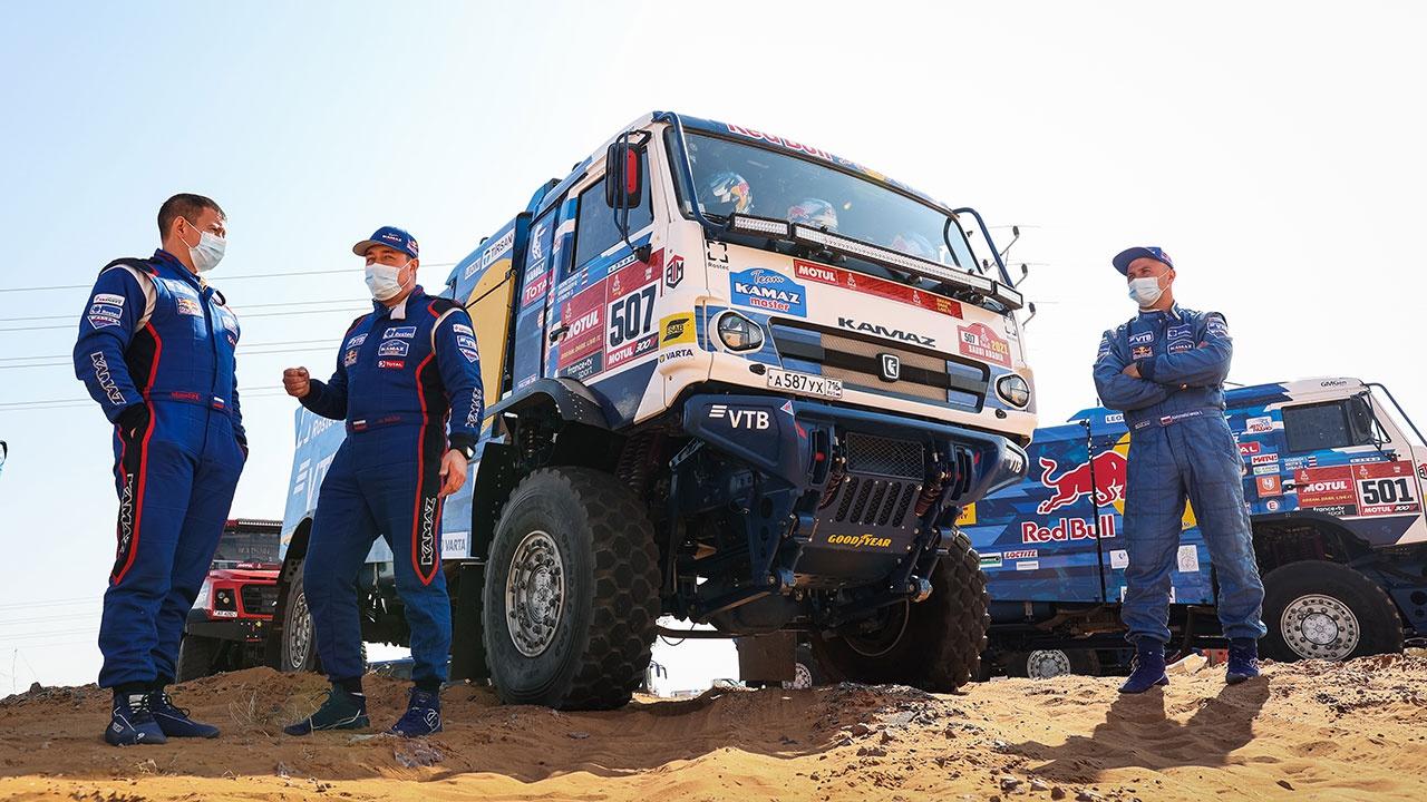 Экипажи «КАМАЗ-мастер» заняли весь пьедестал на этапе ралли «Дакар»