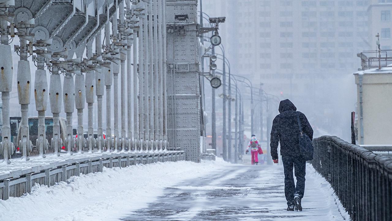 Трескучие морозы: в Москву приходит аномальное похолодание