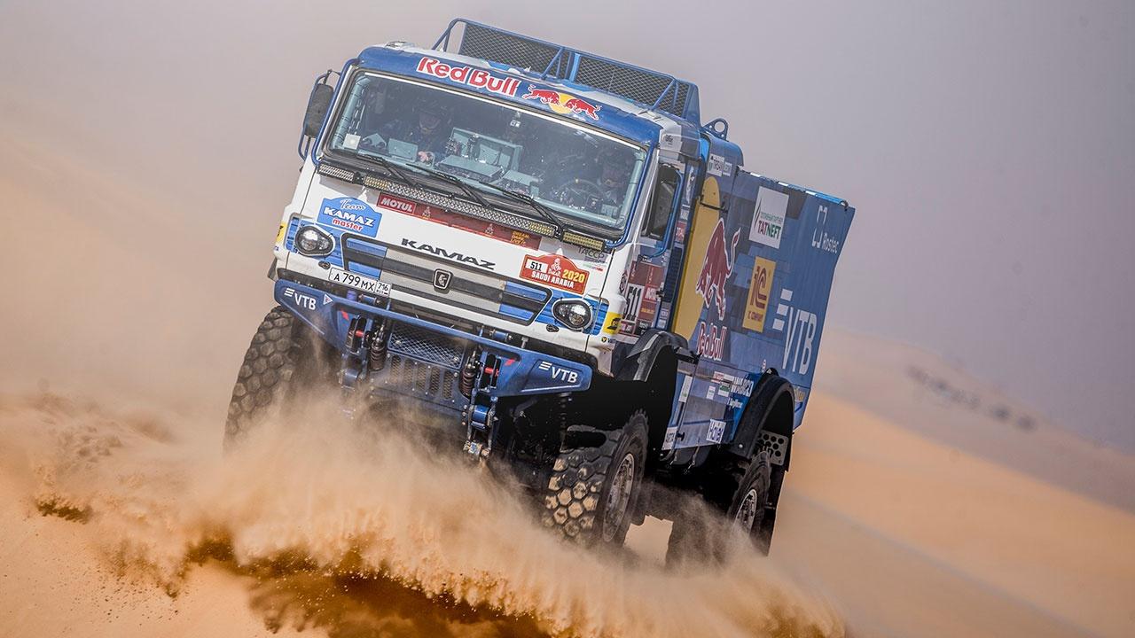 Экипажи «КАМАЗ-мастер» заняли весь пьедестал на восьмом этапе ралли-рейда «Дакар»