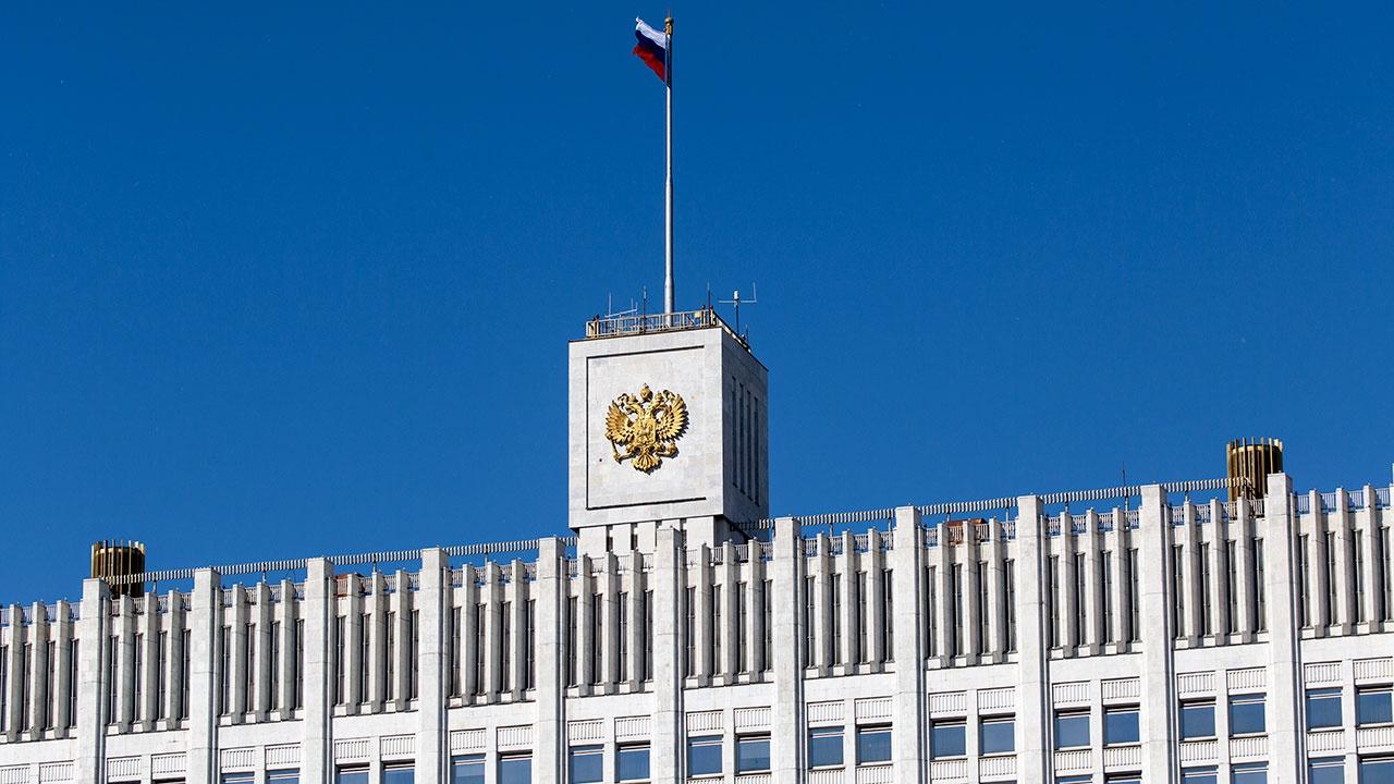 Семь новых департаментов появятся в аппарате правительства РФ
