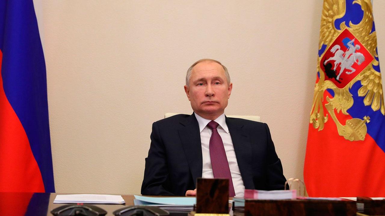 Путин назвал российскую вакцину от коронавируса лучшей в мире