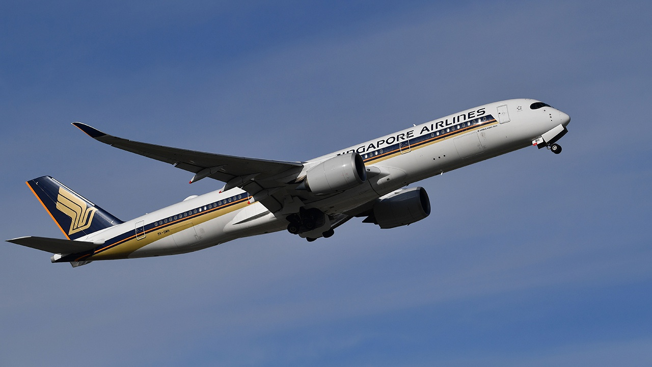 Возобновляется авиасообщение между Москвой и Сингапуром