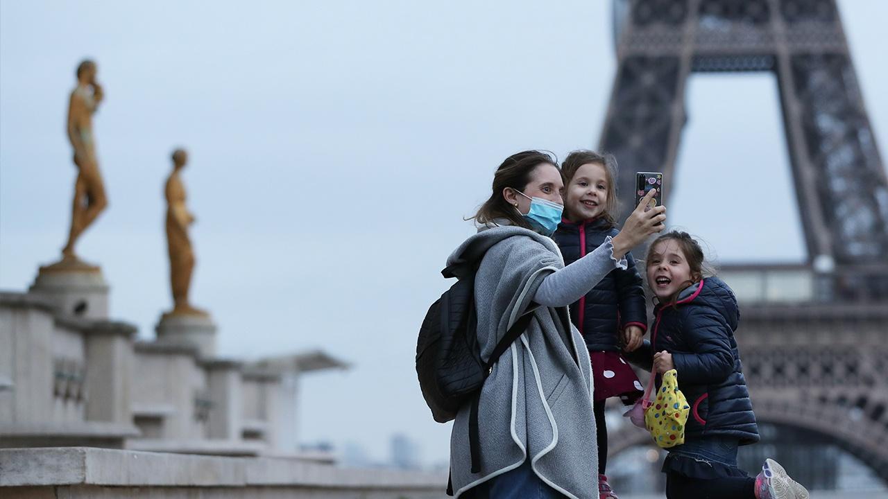 Въезжающим во Францию туристам придется соблюдать недельную самоизоляцию
