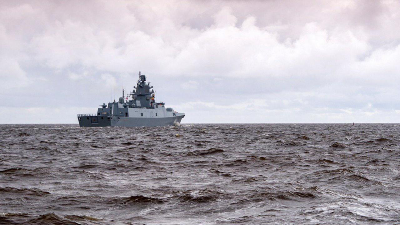 Фрегат «Адмирал Касатонов» вошел в Средиземное море