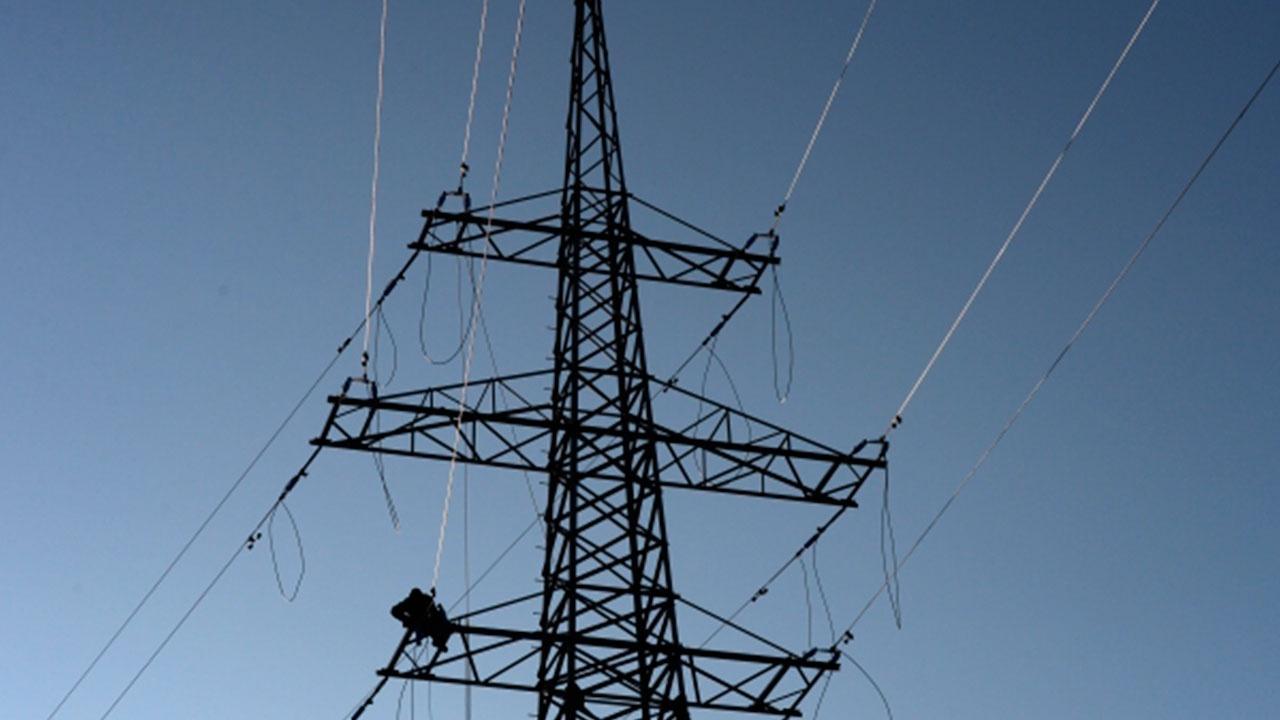 В Дагестане почти 33 тысяч человек остались без света