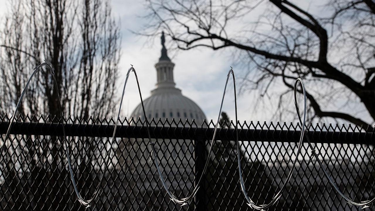 В США отменили автобусные маршруты в Вашингтон