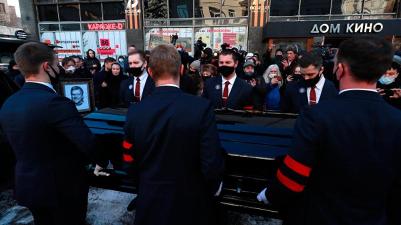Грачевского похоронили на Троекуровском кладбище