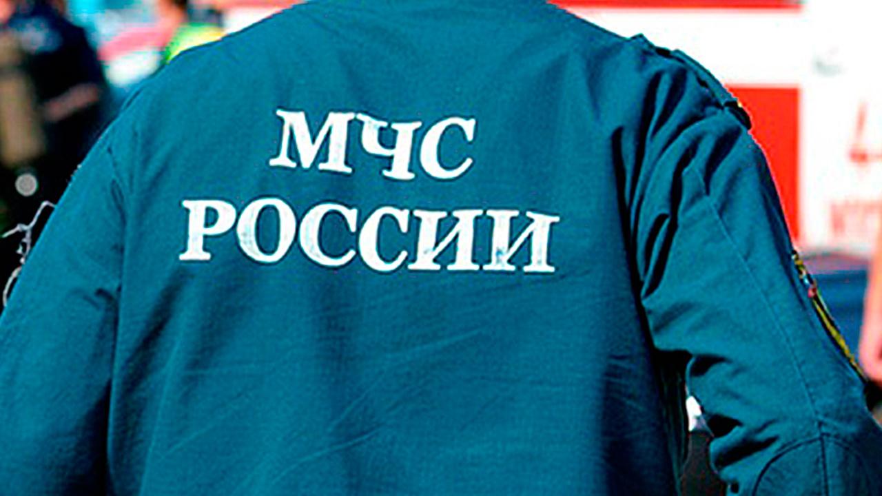 В Санкт-Петербурге полыхает овощебаза