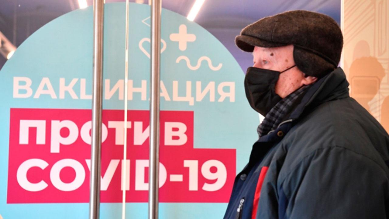 Голикова назвала требуемый уровень вакцинации для борьбы с COVID-19 в России